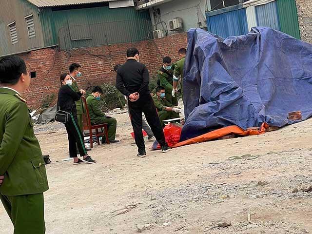 Xót xa thi thể trẻ sơ sinh bị vứt bỏ ở bãi rác - 1