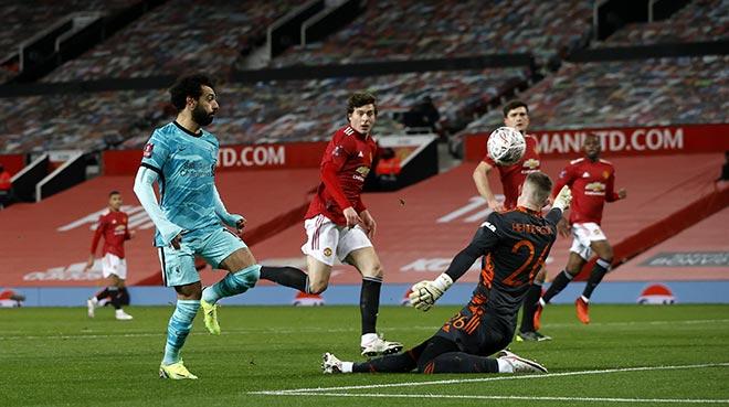 Video MU - Liverpool: Người hùng đá phạt, rượt đuổi 5 bàn kịch tính - 1