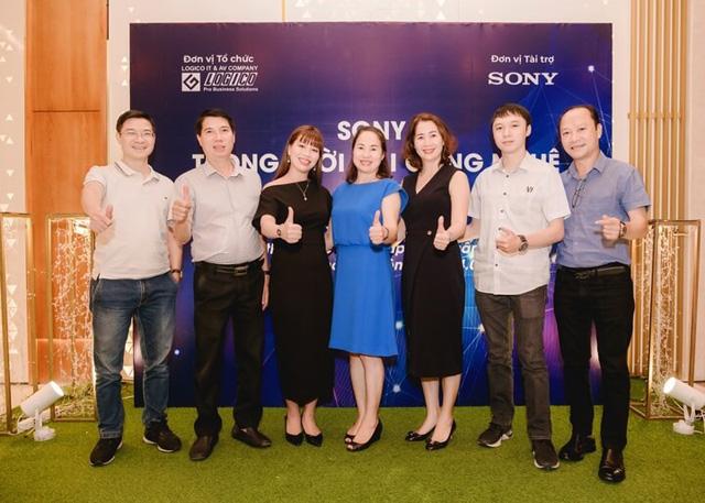 Logico - nhà phân phối máy chiếu uy tín tại Việt Nam - 1