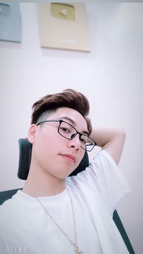 """Trương Hoài Nam - Chàng trai 10x xứng danh """"con nhà người ta"""" - 1"""
