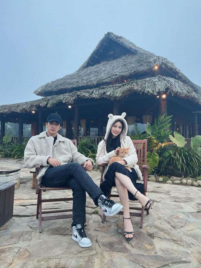 Hoa hậu Đỗ Thị Hà để mặt mộc vẫn đẹp rạng rỡ, H'hen Niê hoá 'nàng Xuân' với áo tứ thân - 14