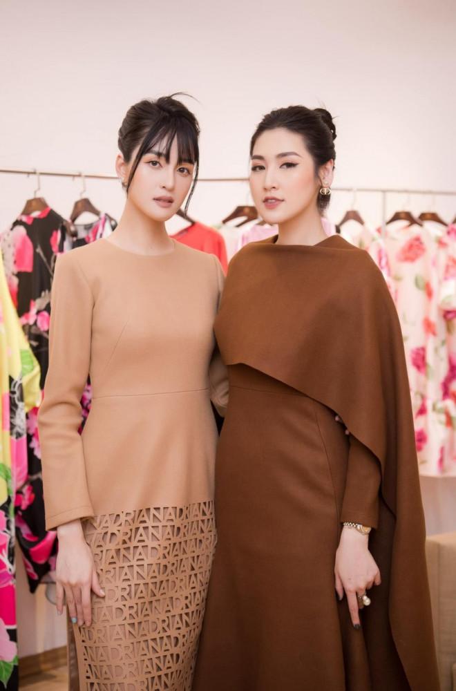 Hoa hậu Đỗ Thị Hà để mặt mộc vẫn đẹp rạng rỡ, H'hen Niê hoá 'nàng Xuân' với áo tứ thân - 12
