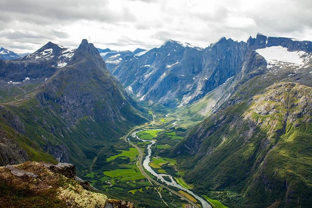 20 thung lũng đẹp nhất thế giới khiến bạn như lạc vào chốn thần tiên - 24