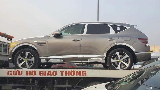 Xe sang Genesis GV80 2021 bất ngờ xuất hiện tại Việt Nam - 1