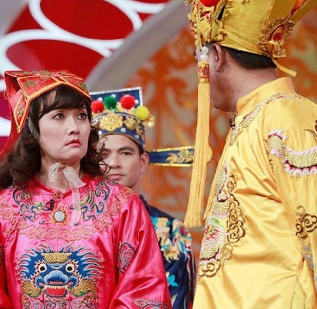 Vân Dung là nữ nghệ sĩ liên tục góp mặt trong 'Táo Quân' với các vai Táo Y tế, Táo Giáo dục...