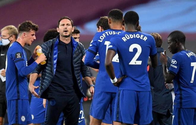 """Tình tiết mới vụ SAO Chelsea bị tố """"phản thầy"""" Lampard, Drogba bênh đàn em - 1"""
