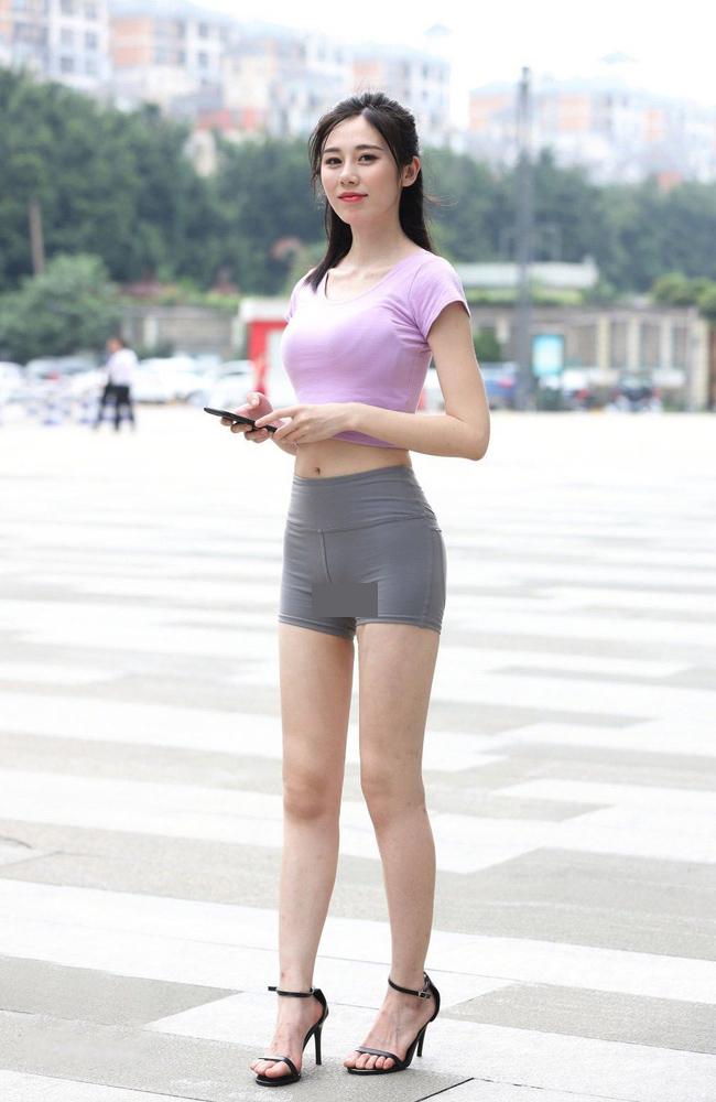 Theo trang sohu đưa tin, những chiếc quần bike shortđược biết tới là kiểu quần thể thao dành cho những vận động viên xe đạp đã trở thành item hot đối với hội chị em Trung Quốc trong thời gian gần đây.