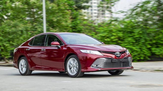 Toyota Camry thống trị phân khúc sedan cỡ trung trên toàn cầu - 1