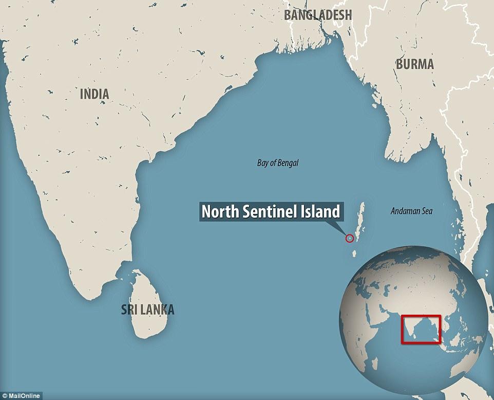 Hòn đảo cô lập nhất thế giới, ai tiếp cận cũng bị thổ dân bắn tên, ném đá - 1