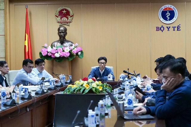 Việt Nam phát hiện 2 ca lây nhiễm COVID-19 trong cộng đồng - 1