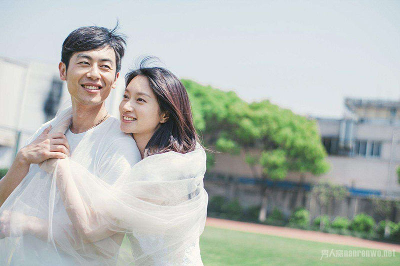 Nếu chồng muốn vợ yêu mình hơn, đàn ông hãy thường xuyên làm 3 điều này - 1