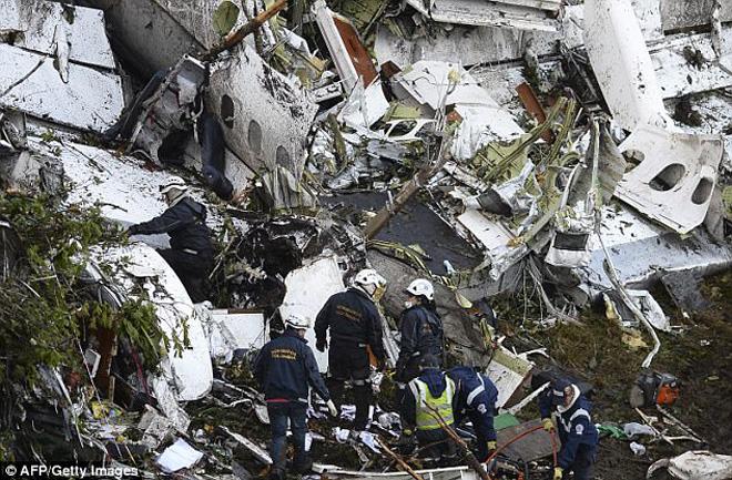CLB Brazil từng rơi máy bay vô địch cực cảm xúc: Cú đá 11m định mệnh - 1