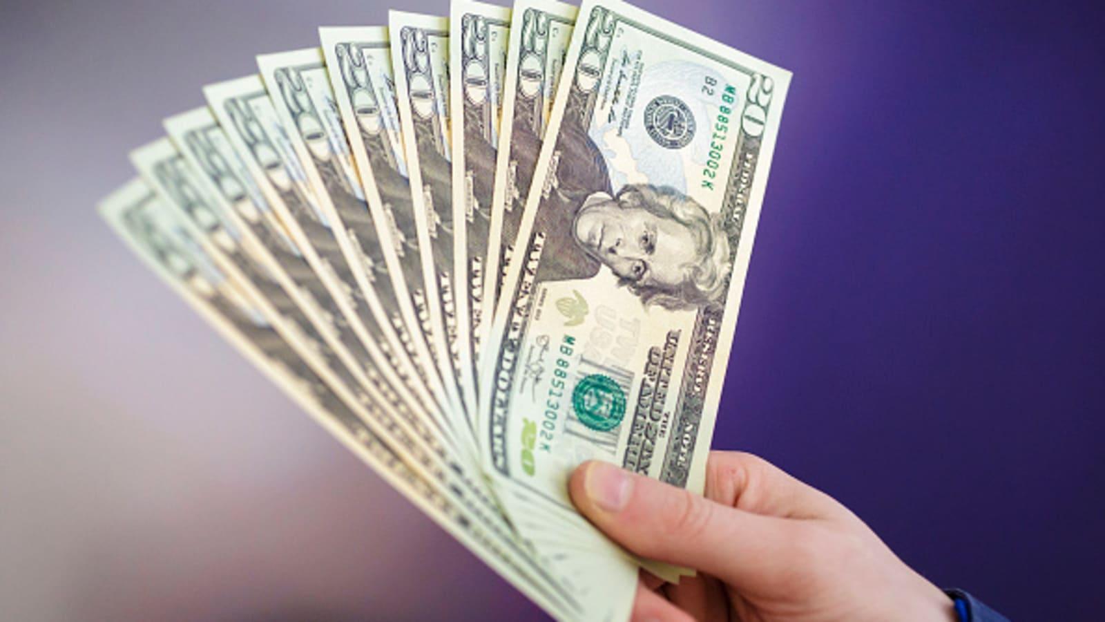 Tỷ giá USD hôm nay 3/2: Duy trì đà tăng tốt - 1