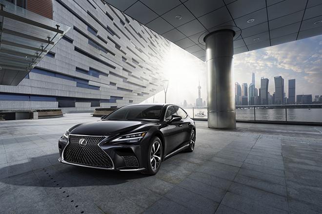 Lexus LS500 2021 ra mắt tại Việt Nam, giá bán từ 7,2 tỷ đồng - 1