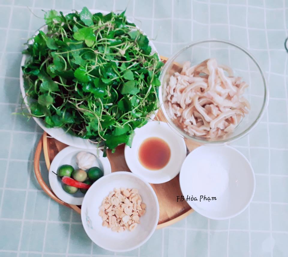 Đổi vị ngày Tết với món nộm rau má tai lợn thanh mát - 1