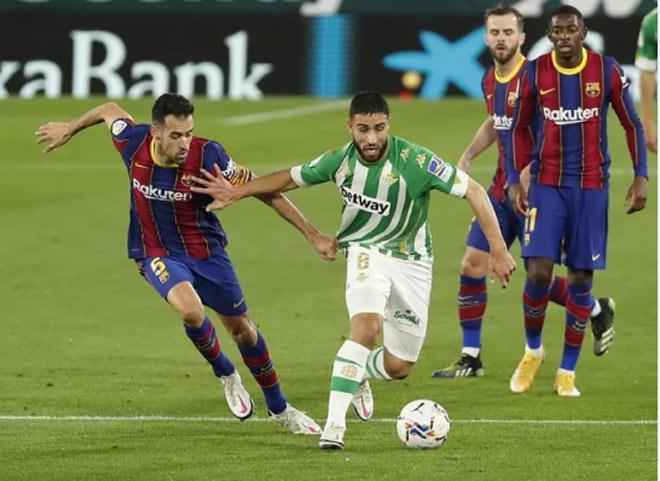 Video Real Betis - Barcelona: Messi cứu giá, rượt đuổi 5 bàn nghẹt thở - 1