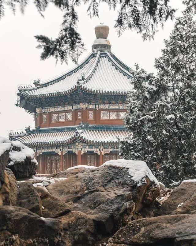 """Khung cảnh tuyết rơi đẹp như tranh vẽ tại """"cung điện mùa hè"""" Di Hòa Viên - 3"""
