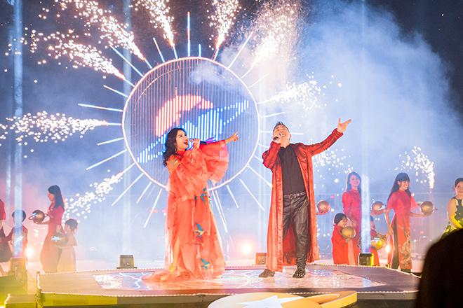 Các Diva kết hợp cùng dàn nghệ sĩ nổi tiếng khuấy đảo Sân khấu Kim cương trên không - 1