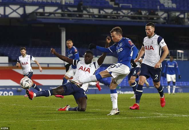 Video Everton - Tottenham: Rượt đuổi điên rồ 9 bàn, hiệp phụ định đoạt - 1