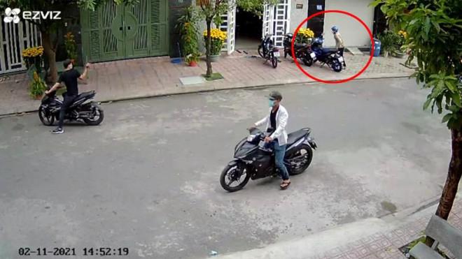 Bắt giữ băng nhóm trộm xe chuyên nghiệp chiều 30 Tết - 1