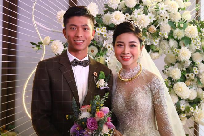 Điều đặc biệt về những đám cưới trai tài gái sắc của bóng đá Việt Nam - 1