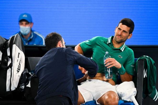 Nóng nhất thể thao sáng 13/2: Djokovic rách cơ, nguy cơ bỏ Australian Open? - 1
