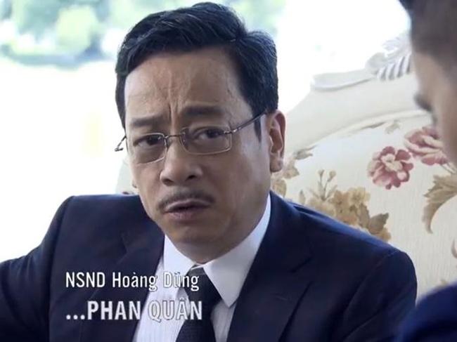 Vai diễn ông bố ấn tượng nhất trong sự nghiệp của NSND Hoàng Dũng phải để tới Phan Quân trong phim Người phán xử. Cố nghệ sĩ lúc sinh thời từng khẳng định, Phan Quân là vai diễn thành công nhất của ông.