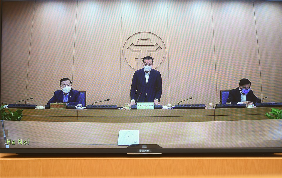 Chủ tịch TP.Hà Nội đề nghị khai báo y tế bắt buộc đối với người địa phương khác về Thủ đô - 1