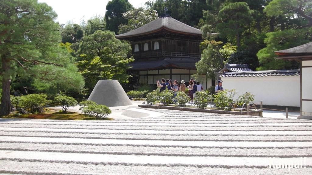 Mùa xuân châu Á cũng khiến du khách say lòng người bởi những cảnh đẹp này - 15