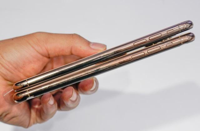 """3 mẫu iPhone """"đỉnh"""" cho các iFan không đủ hầu bao sắm iPhone 12 - 2"""