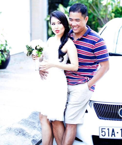 Chồng Cẩm Ly là chủ hãng đĩa giàu nhất Sài Gòn qua lời kể của Hồng Vân: Đáng sợ lắm! - 1