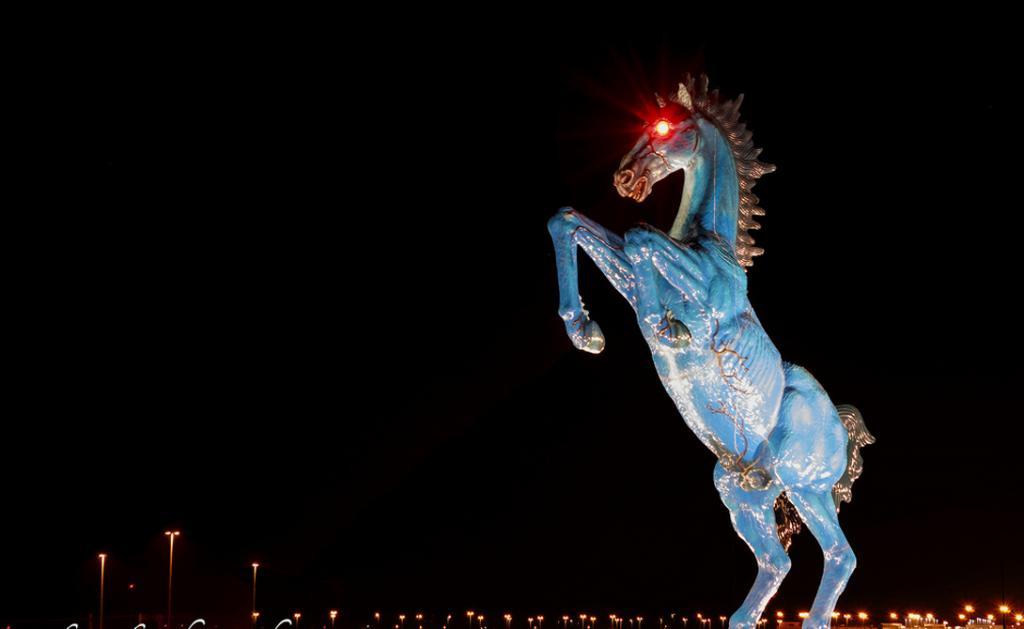 Những tác phẩm điêu khắc đáng sợ nhất thế giới khiến du khách phải bàng hoàng - 1
