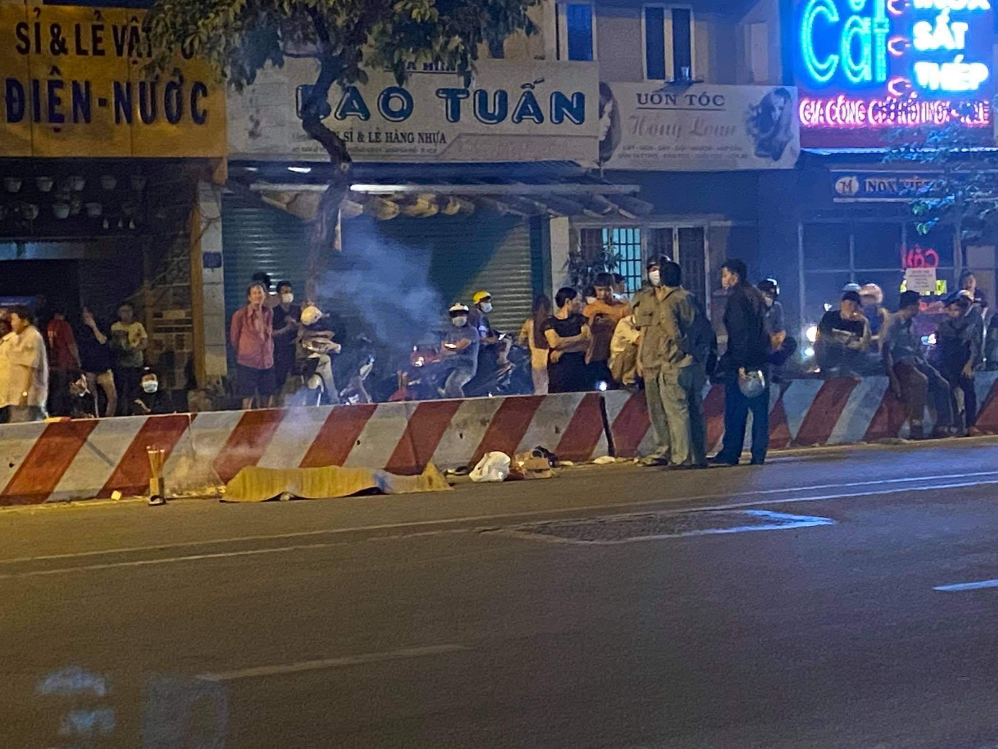 TP.HCM: Sau va chạm giao thông, thanh niên bỏ lại người bạn tử vong rồi phóng xe rời đi - 1