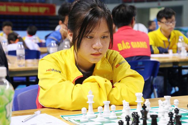 Gặp gỡ nữ sinh lớp 10 Thái Nguyên vô địch cờ vua thế giới - 1