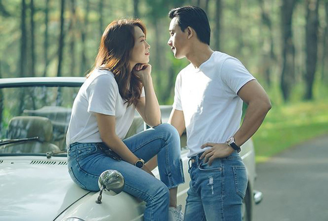 Trong vai diễn này, Mỹ Tâm và Mai Tài Phến đóng vai hai người yêu nhau. Một điểm trùng hợp, trong phim nhân vật của Mai Tài Phến kém tuổi nhân vật nữ chính do Mỹ Tâm thủ vai. Ngoài đời, nam diễn viên kém 'chị đẹp' 11tuổi.