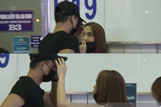 Hai người từng bị bắt gặp có nhiều cử chỉ thân mật khi cùng xuất hiện ở sân bay.