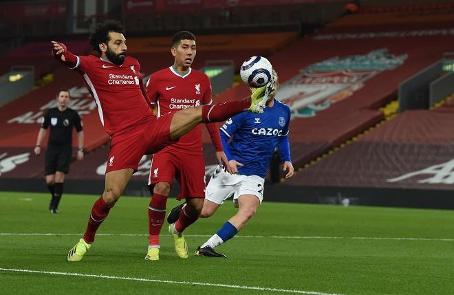 Video Liverpool - Everton: Đòn phủ đầu choáng váng, kết liễu với quả penalty - 1