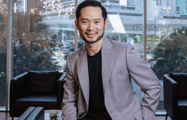 """Ở thời điểm khởi nghiệp đã có những ứng dụng khác """"thống trị"""" nhưng Darren Chan đã nghiên cứu dữ liệu cho thấy 40% người cho rằng tài chính là tiêu chí số 1 khi bắt đầu mối quan hệ nào nên đã đi vào thị trường """"ngách"""" này đểkết nối mọi người dựa trên tài chính.."""