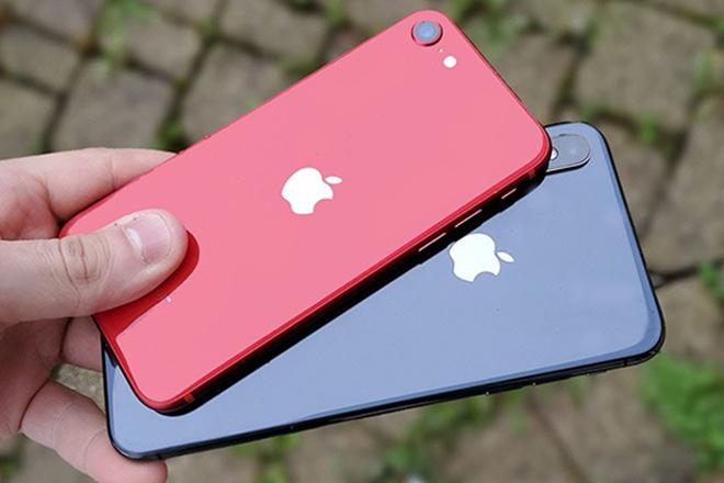 Chọn iPhone SE hay iPhone XS likenew khi giá ngang tầm? - 1