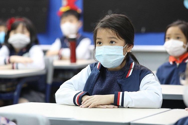 Học sinh Hà Nội có thể đi học trở lại từ tuần sau - 1