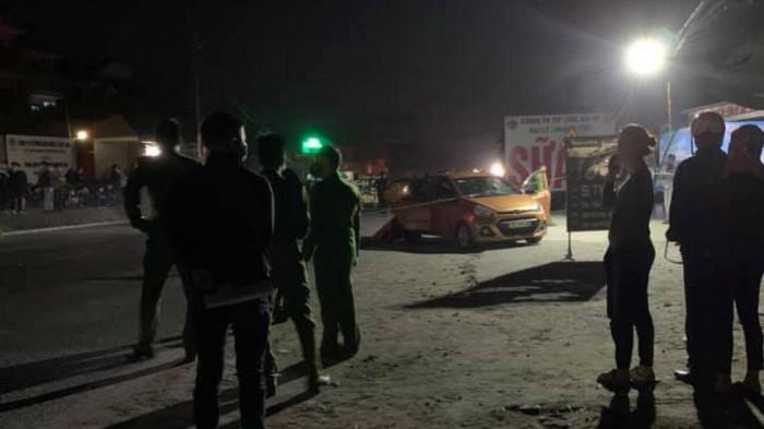 Án mạng kinh hoàng, 2 cô gái và 1 nam thanh niên tử vong tại quán karaoke - 1