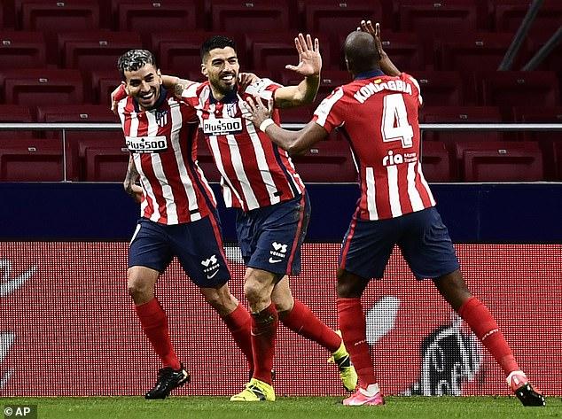 """HLV Tuchel """"động chạm"""" Luis Suarez, chơi đòn tâm lý với Atletico Madrid - 1"""