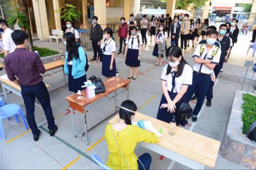 TP.HCM chính thức cho học sinh, sinh viên đi học trở lại từ 1/3 - 1