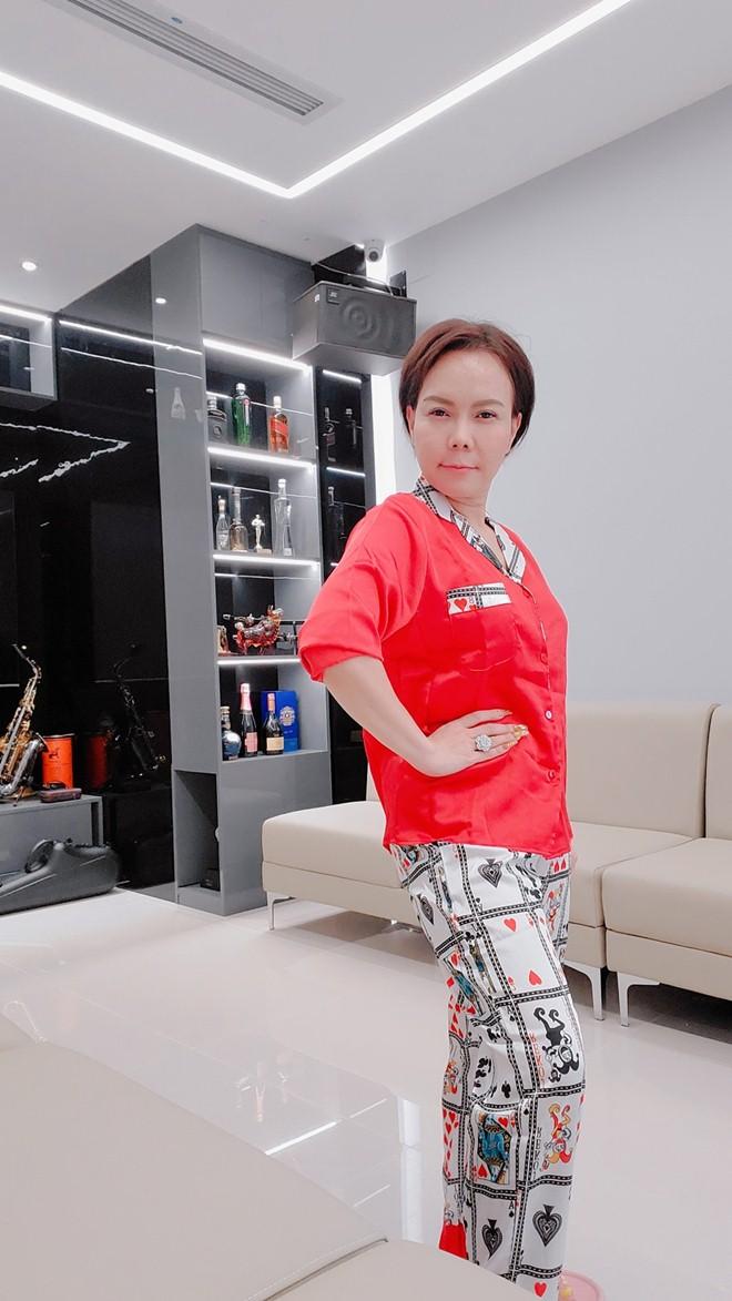 """Cơ ngơi khủng ở Việt Nam của """"vợ Hoài Linh"""" bị đồn là đại gia ngầm trong showbiz - 8"""