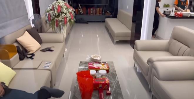 """Cơ ngơi khủng ở Việt Nam của """"vợ Hoài Linh"""" bị đồn là đại gia ngầm trong showbiz - 4"""