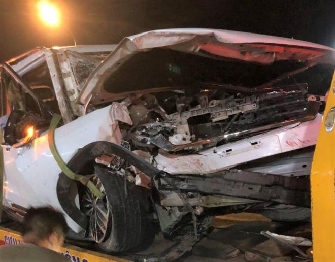 Xe 7 chỗ gặp nạn trên đèo Bảo Lộc, 4 người trong gia đình thương vong - 1