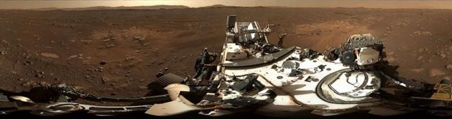 NASA công bố ảnh toàn cảnh gửi về từ Sao Hỏa - 1