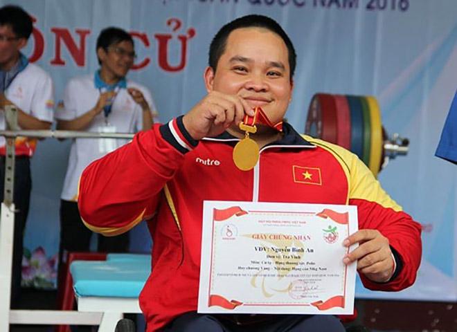 Nguyễn Bình An không có đối thủ ở châu Á: Cánh tay mang hạnh phúc cho đời - 1