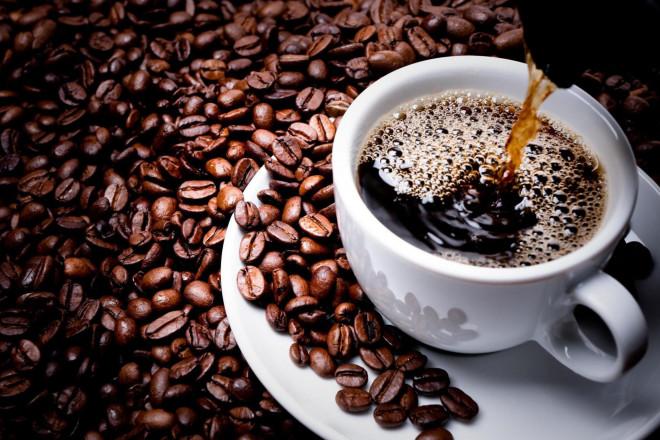 Uống cà phê pha phin, coi chừng... cholesterol xấu - 1