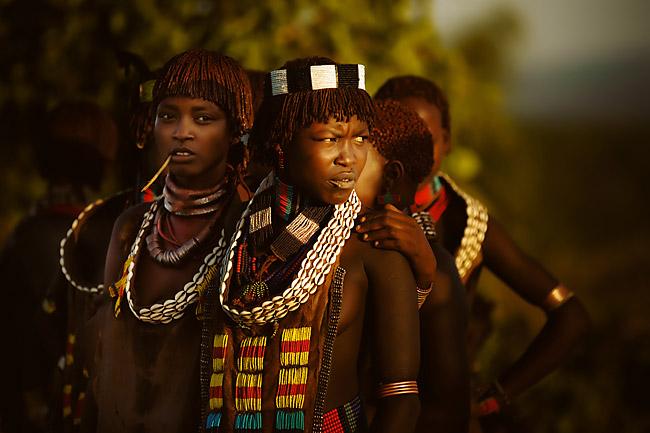 Sự cuốn hút của cách sống và truyền thống của những bộ lạc Ethiopia thú vị này - 1